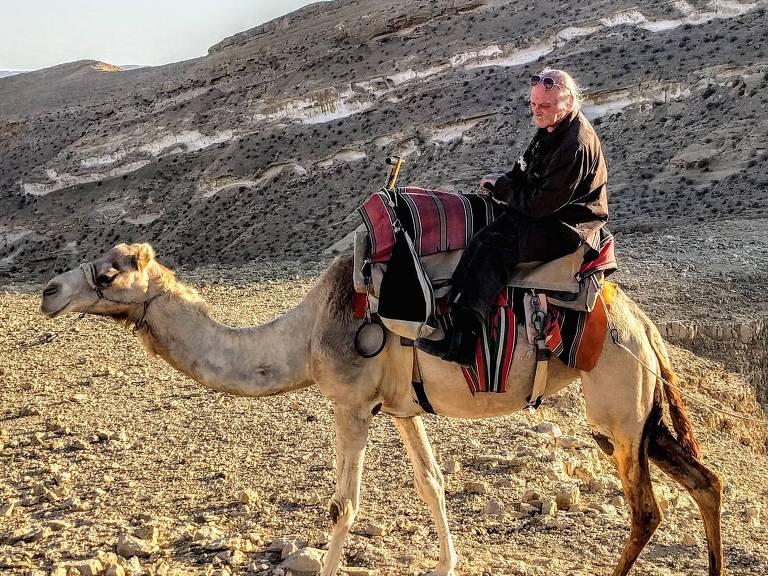 joe davis em camelo