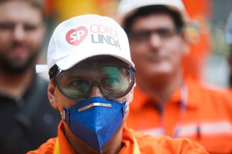 O prefeito João Doria, durante ação de zeladoria do programa Cidade Linda