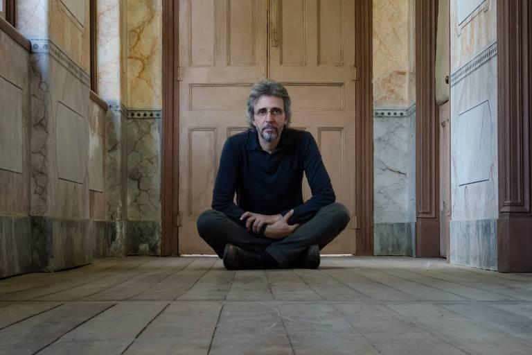 O cantor Vitor Ramil se apresenta no Sesc Pinheiros