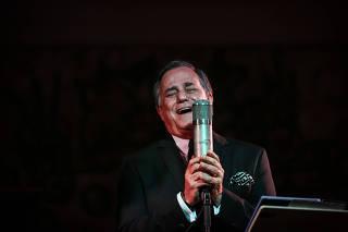 O cantor e apresentador Ronnie Von