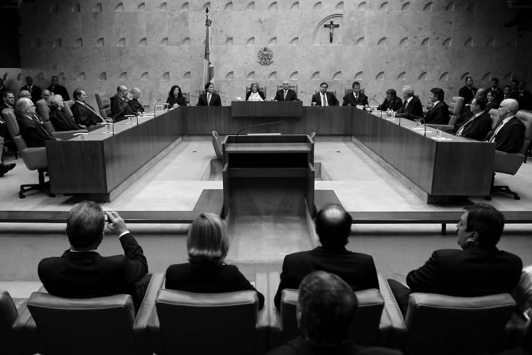 Ministros do STF e os presidentes da República, Michel Temer, e da Câmara, Rodrigo Maia, durante a abertura do ano judiciário