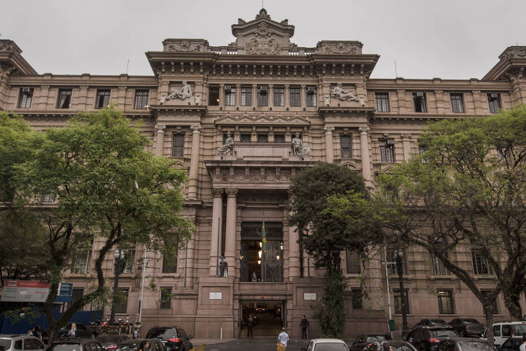 Sem obras privadas, projeto de R$ 25 milhões de tribunal atrai escritórios