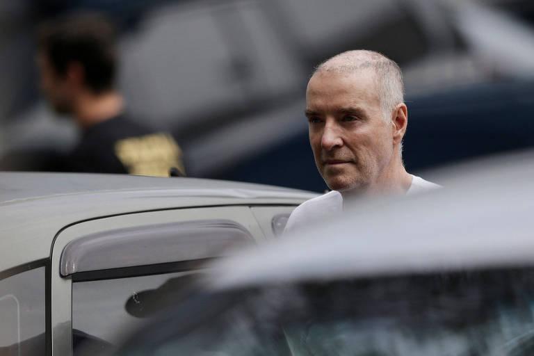 Eike Batista chega à sede da Polícia Federal no Rio de Janeiro para depoimento