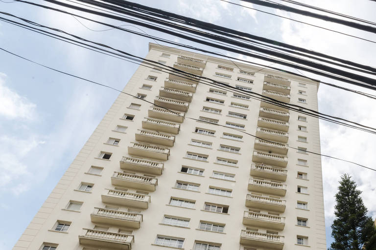 Fachada de condomínio onde o juiz José Antonio de Paula Santos possui imóvel, em São Paulo