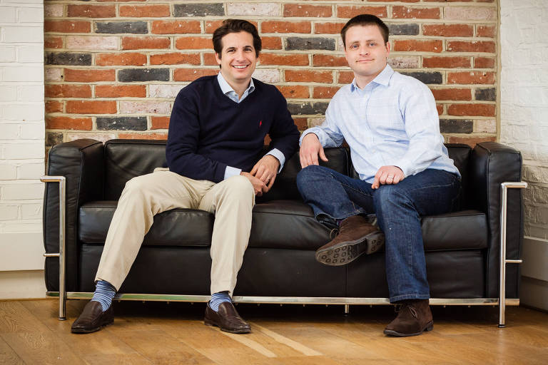 Christoph Rieche (esq.) e James Dear, sócios da Iwoca, start-up de crédito que usa informações abertas pelo open banking