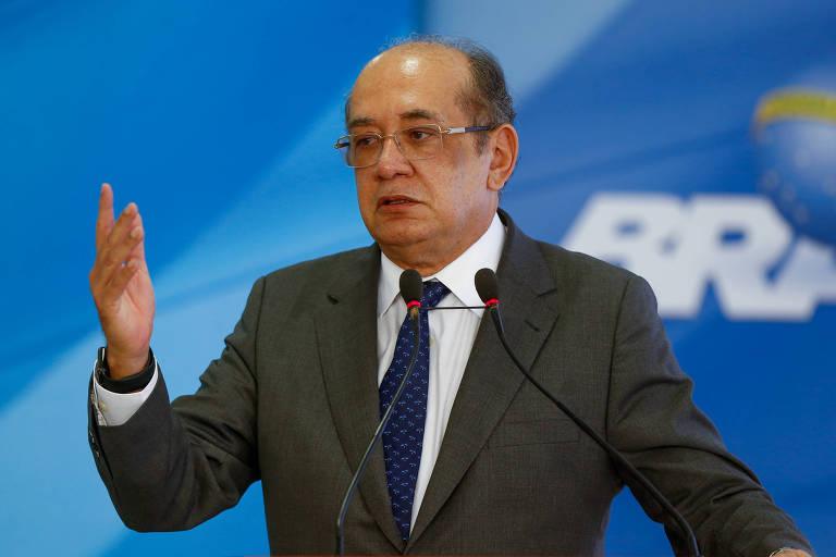 O ministro Gilmar Mendes gesticula enquanto discursa durante cerimônia de lançamento do Documento Nacional de Identificação, no Planalto