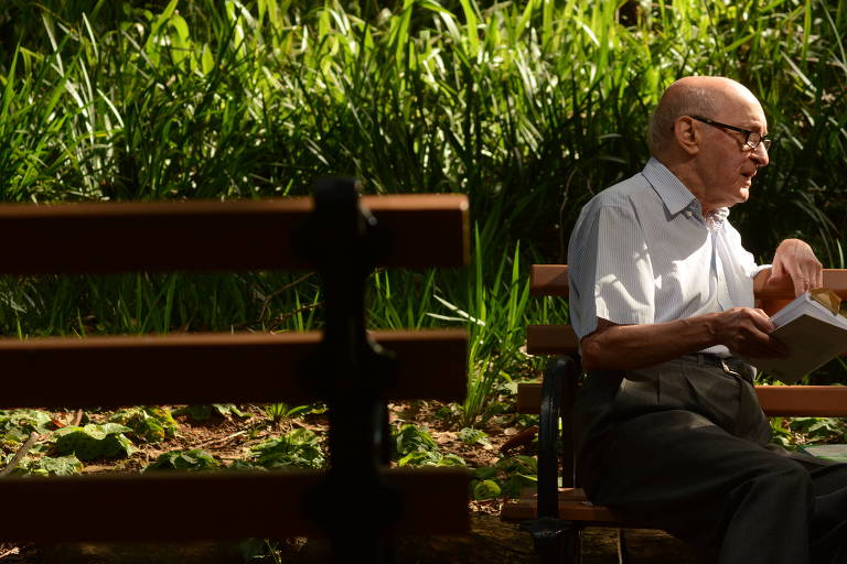 José Ramos Tinhorão, que faz 90 anos na quarta (7)
