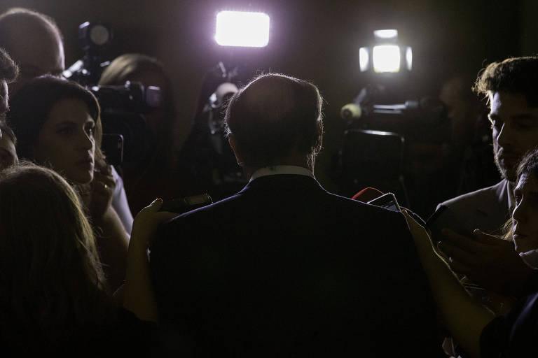 O governador de São Paulo, Geraldo Alckmin, concede entrevista após evento em SP