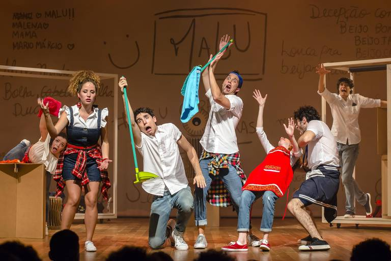 Cena do espetáculo 'Fala Sério, Gente!', baseado na série de livros infanto-juvenis de Thalita Rebouças