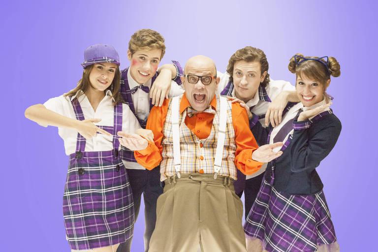 Elenco do espetáculo infantil 'Bochecha Vermelha, Bullying? Tô fora!'