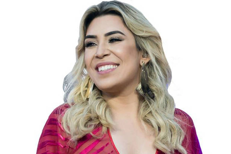 A cantora sertaneja Naiara Azevedo