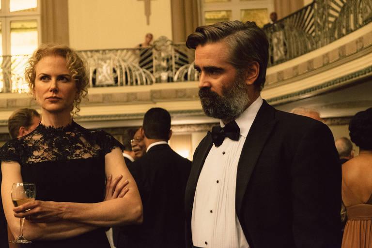 """Cena do filme """"O Sacrifício do Cervo Sagrado"""" (""""The Killing of a Sacred Deer""""). Direção: Yórgos Lánthimos. Elenco: Colin Farrell, Nicole Kidman, Barry Keoghan."""