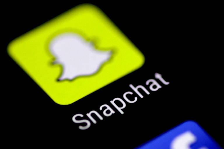 Logo do aplicativo Snapchat em tela de celular
