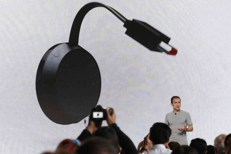 Mario Queiroz na apresentação do Google Chromecast Ultra em San Francisco, na Califórnia