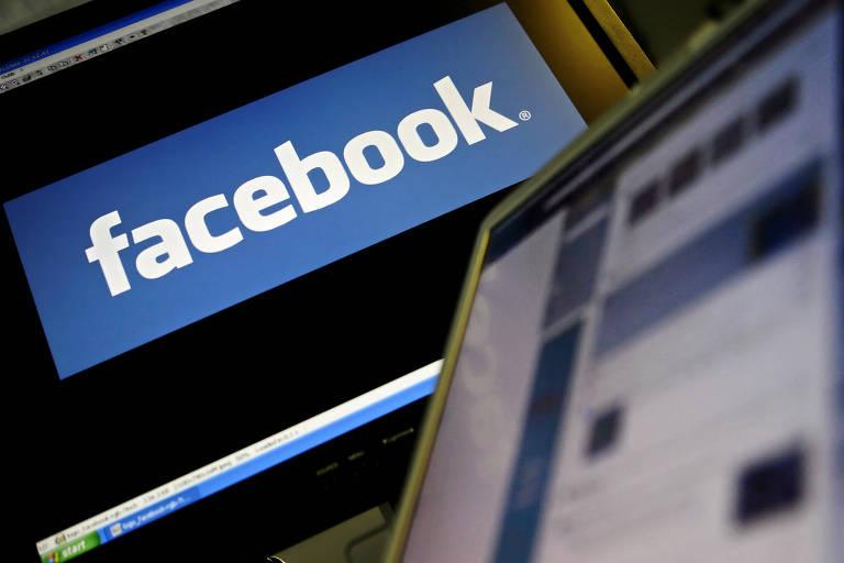 Logo do Facebook em uma tela de computador em Londres