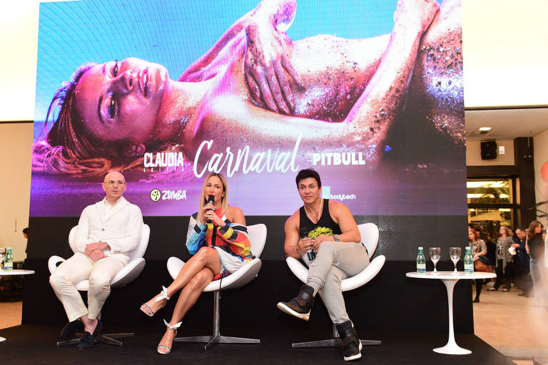 Claudia Leitte e Pitbull