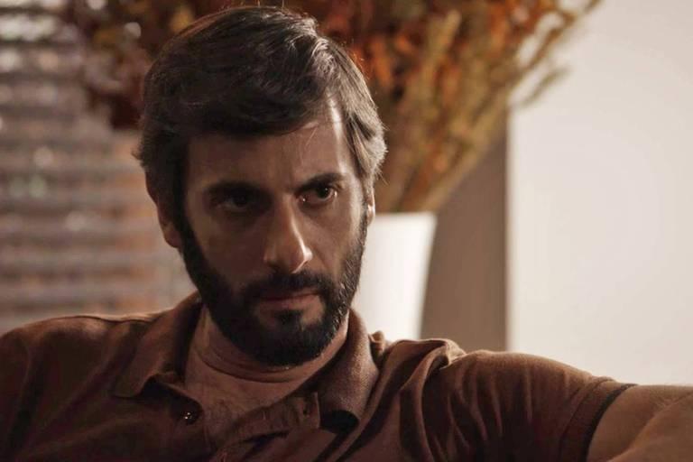 """Flávio Tolezani como Vinicius de """"O Outro Lado do Paraíso"""" (Globo)"""