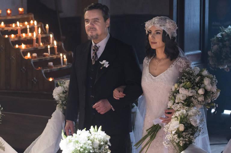 Casamento de Lucinda (Andreia Horta) e Inácio (Bruno Cabrerizo)