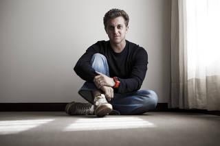 Retrato do apresentador de televisão Luciano Huck