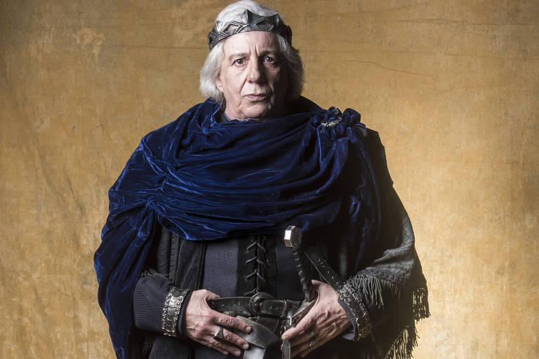 Ator Marco Nanini interpreta Rei Augusto em 'Deus Salve o Rei'