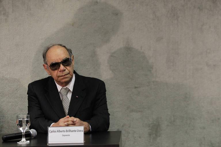 O coronel reformado e ex-comandante do DOI-Codi-SP Brilhante Ustra na primeira audiência pública promovida pela Comissão Nacional da Verdade
