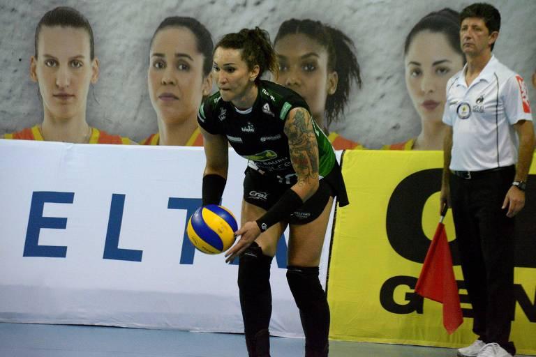 Jogadora Tifanny durante a partida entre Nestle Osasco e Bauru, válida pela Super Liga de Vôlei Feminino