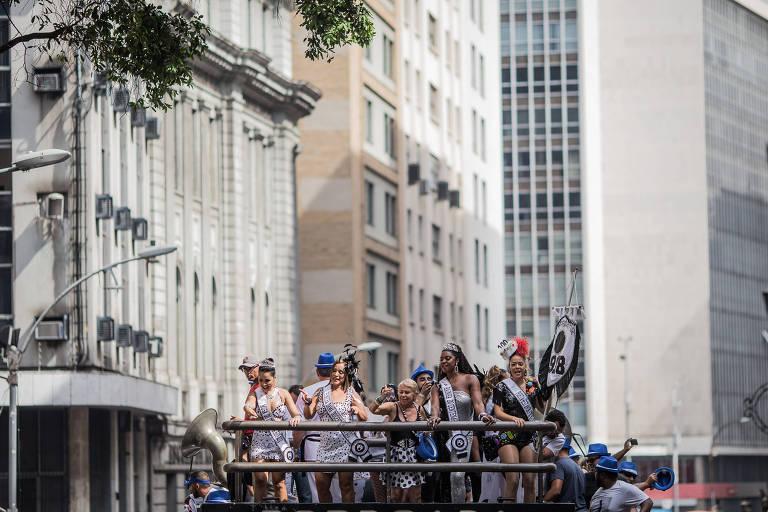 Blocos no Rio neste sábado