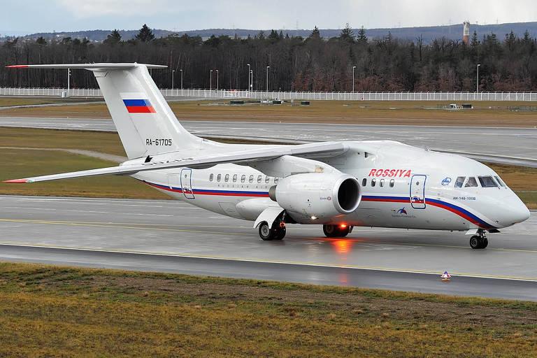 Antonov An-148, mesmo modelo do acidentado, com a pintura da Rossiya Airlines