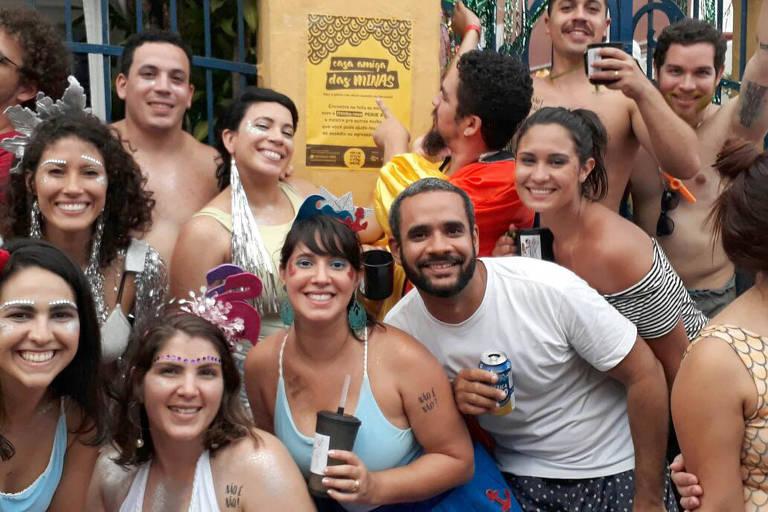 Grupo atua em Olinda contra assédio a mulheres no Carnaval