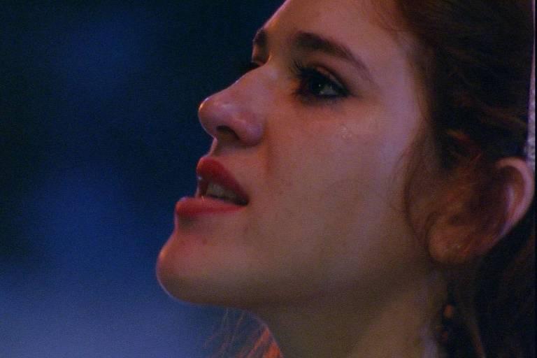 Ana Clara chora na festa Amazônia, no 'BBB 18' (Globo)