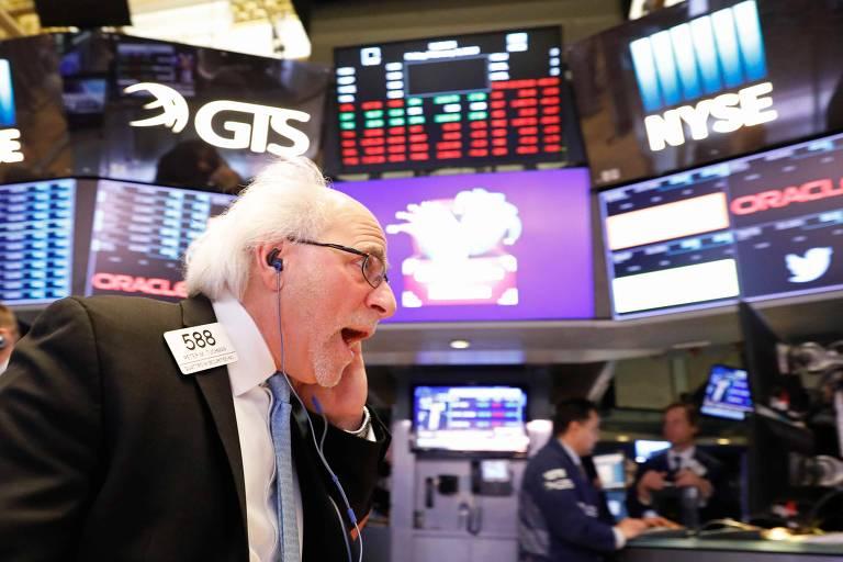 1c3dec549 Bolsa está dando muita emoção para quem busca migrar para o mundo das ações  - Brendan Mcdermid/Reuters