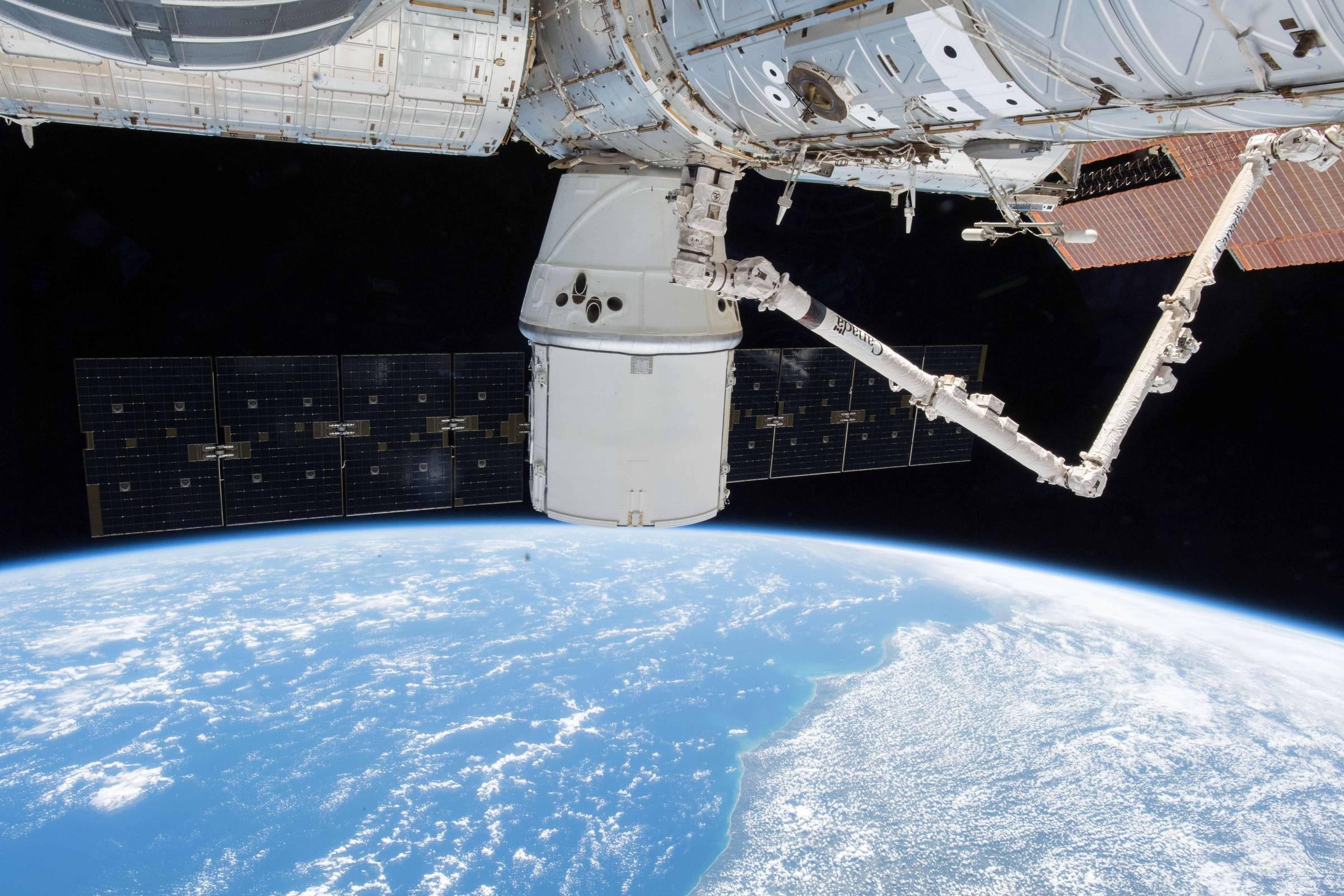 Estação espacial sobrevoa o Brasil e pode ser vista a olho nu