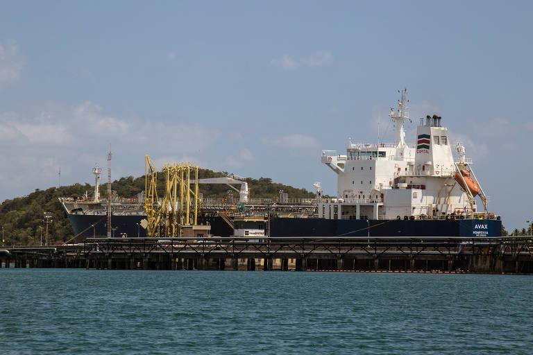 Terminal marítimo da Petrobras, em Madre de Deus, BA