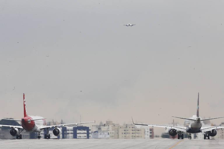 Aviões no aeroporto de Congonhas, na zona sul de São Paulo