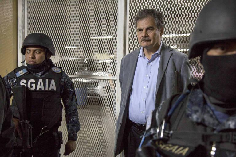 Juan Alberto Fuentes, presidente do conselho da ONG Oxfam e ex-ministro da Economia da Guatemala, é detido nesta terça (13)