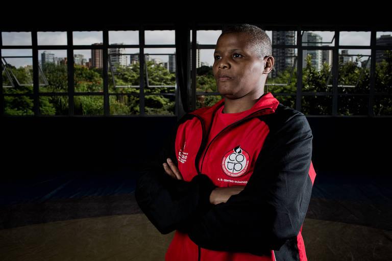 Lucimar Medeiros, que há mais de dez anos é técnica de wrestling das equipes masculinas e femininas do Centro Olímpico de São Paulo
