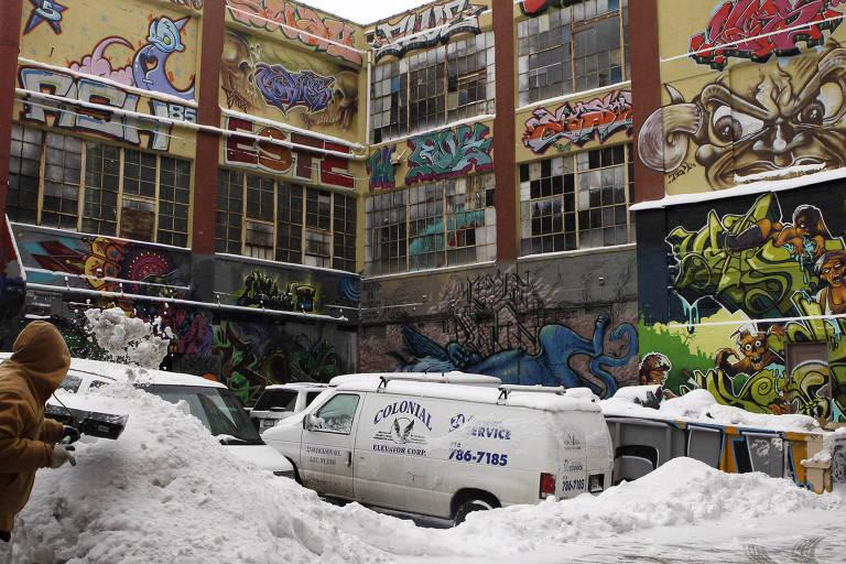 Imagem de 5Pointz, uma galeria de arte de graffiti, em Nova York, em 2011
