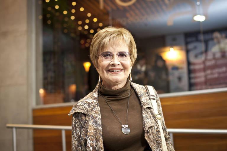 Gloria Menezes em estreia de peça no Teatro das Artes, no Shopping Eldorado