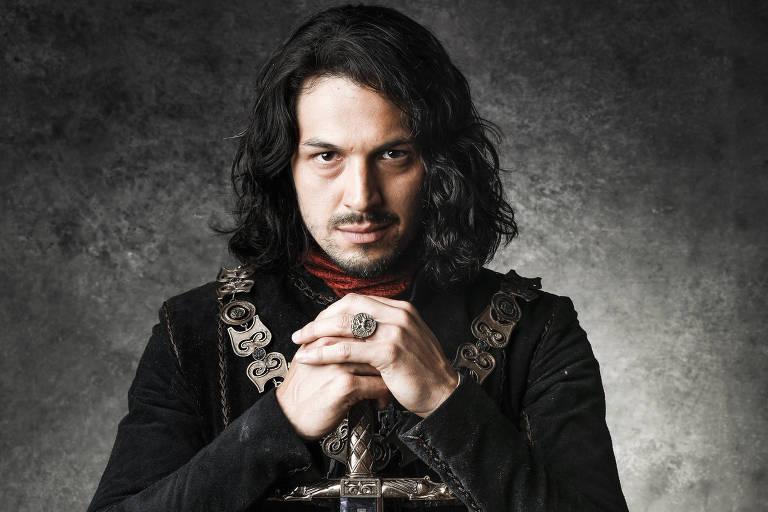 """Afonso (Rômulo Estrela) em """"Deus Salve o Rei"""""""
