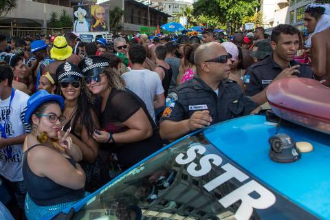****** INTERNET OUT******RIO DE JANEIRO, RJ, BRASIL, 10-02-2018, 17H: Carnaval, Banda de Ipanema.  (Foto: Luciola Villela/ UOL). ATENCAO: PROIBIDO PUBLICAR SEM AUTORIZACAO DO UOL