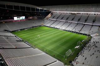 Jogadoras do Corinthians vestirão frases como 'Futebol é só de macho'