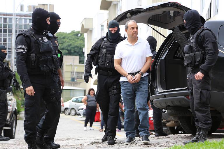 Ex-governador do Rio Sérgio Cabral chega ao IML de Curitiba (PR) para exame de corpo de delito
