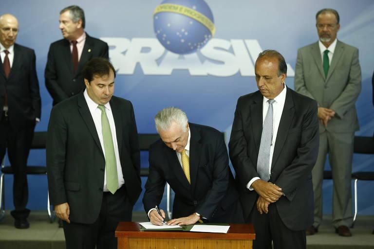 Presidente Michel Temer (MDB) assina decreto de intervenção das Forças Armadas no Rio