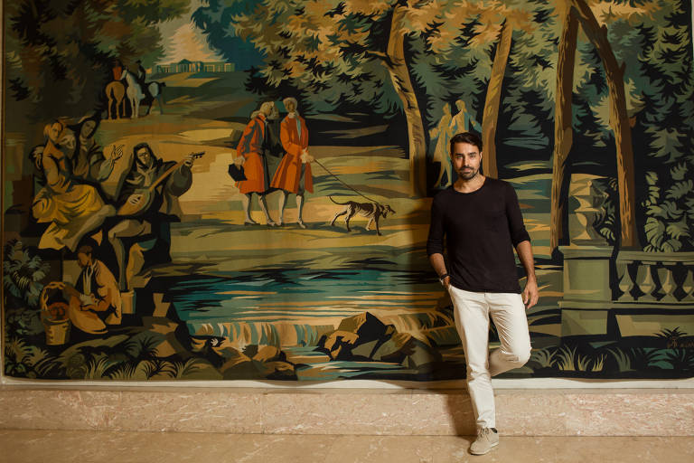 O ator Ricardo Pereira em sessão de fotos no Palácio São Clemente, no Rio de Janeiro