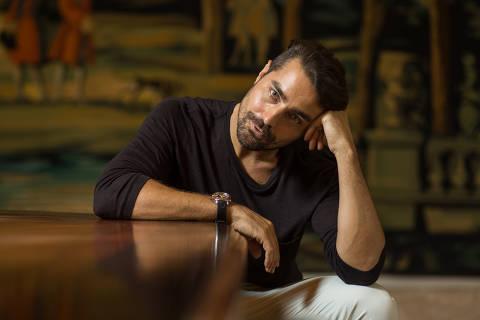 Rio de Janeiro, Rj, BRASIL. 23/11/2017;  Retrato do ator Português Ricardo Pereira. ( Foto: Ricardo Borges/Folhapress)
