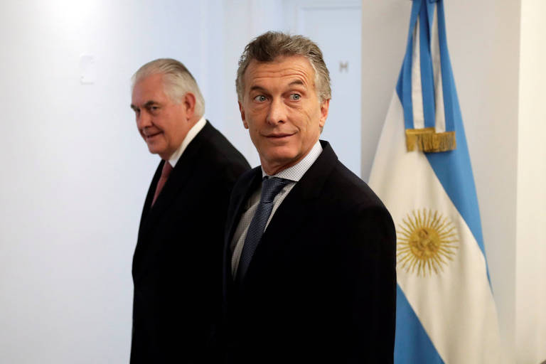 Macri recebe em Buenos Aires o secretário de Estado americano, Rex Tillerson (à esq.)