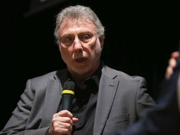 """O editor Martin Baron, do """"Washington Post"""", durante palestra em evento da Abraji em São Paulo"""