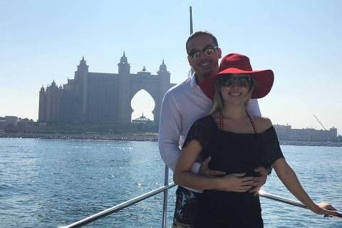 Wesley Safadão curte férias com a mulher em Dubai