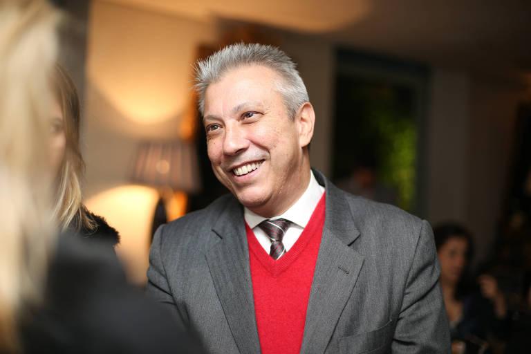 O candidato ao Senado pelo Podemos, Mario Covas Neto, em jantar em 2015 para homenagear João Doria