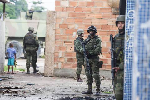 Temer afirma ter sido cogitada a retirada de Pezão do governo do RJ